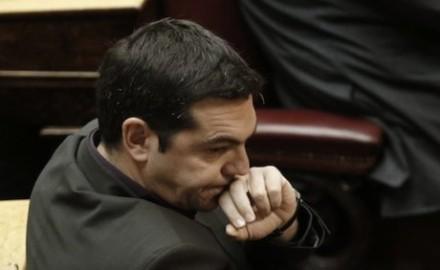 Críticas en Syriza por las concesiones de Tsipras a la Troika