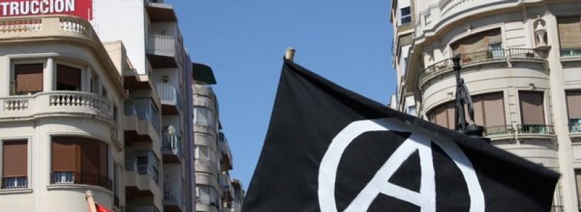 Frente a las detenciones de jóvenes luchadorxs y la persecusion al movimento libertario
