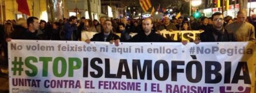 Manifestaciones contra movimiento islamófobo Pegida Spain en Barcelona