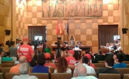 Ayuntamiento de Zaragoza vota moción de apoyo a la lucha de Coca-Cola