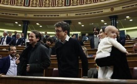 Un bebé en el Congreso, gestos y discursos sobre la conciliación