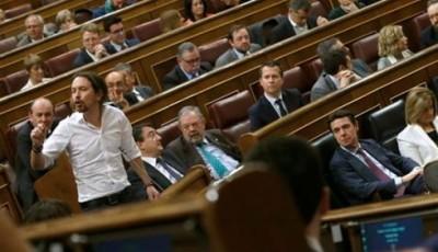 """Carmena, Garzón y dirigentes de Podemos salen a curar las heridas de la """"cal viva"""""""