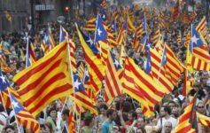 Una Díada descentralizada e internacional