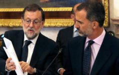 Felipe VI apura la abstención del PSOE
